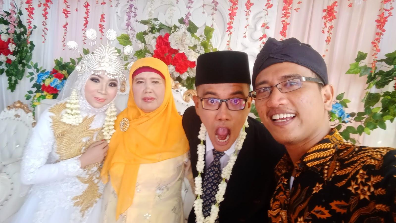 Pernikahan Mas Nisfu dan Saya Kehilangan Teman Diskusi