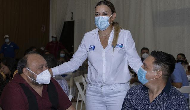Se compromete Cecilia Patrón a mejorar educación