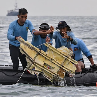 Ini Foto-Foto Penemuan Serpihan Pesawat Sriwijaya Air SJ182