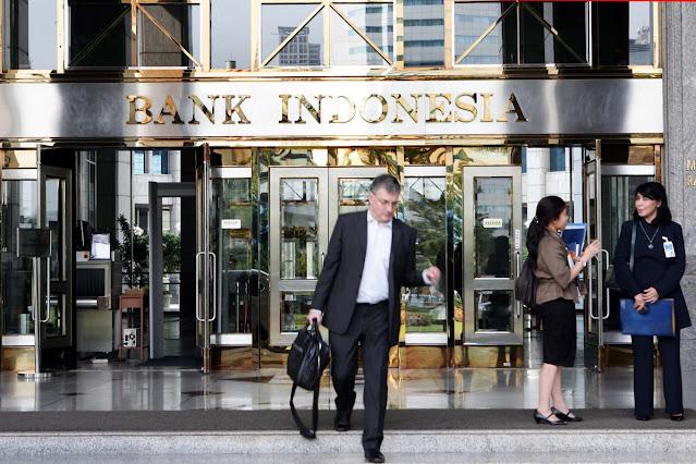 Bank Serta Lembaga Keuangan Lainnya