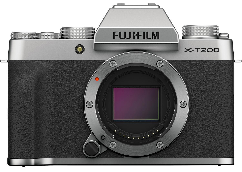Fujifilm X-T200 серебристого цвета
