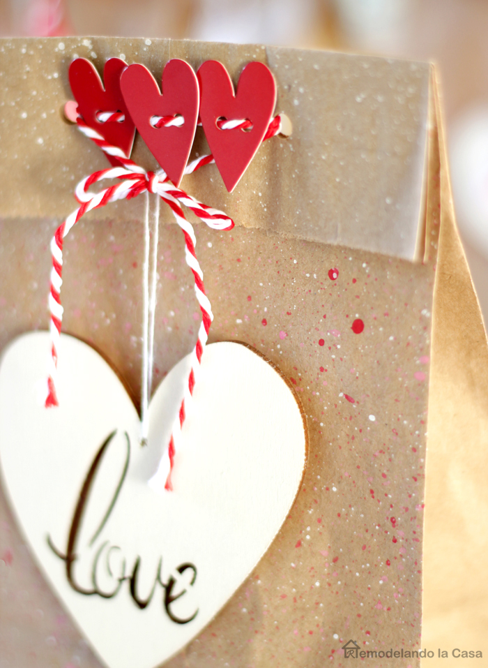 Splattered lunch bag as goody bag for valentines