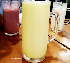 Tom's Milk HOS Cokroaminoto Jogja, Tempat Santai Anak Muda