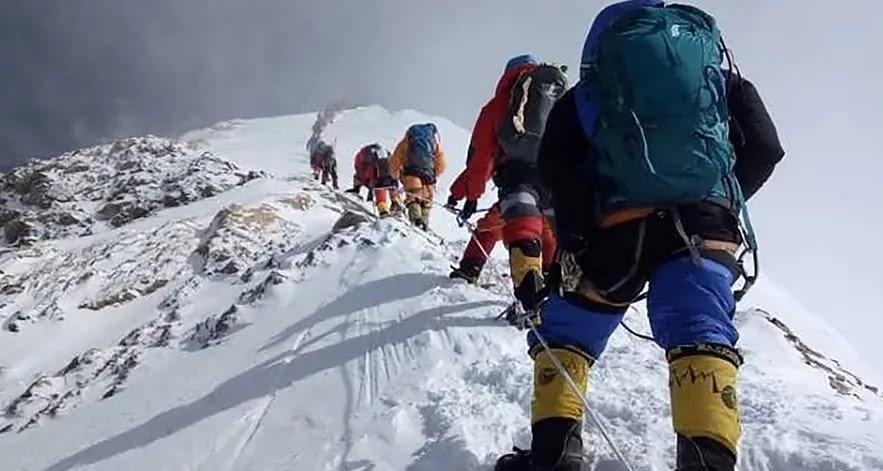 Requisitos para escalar el Everest