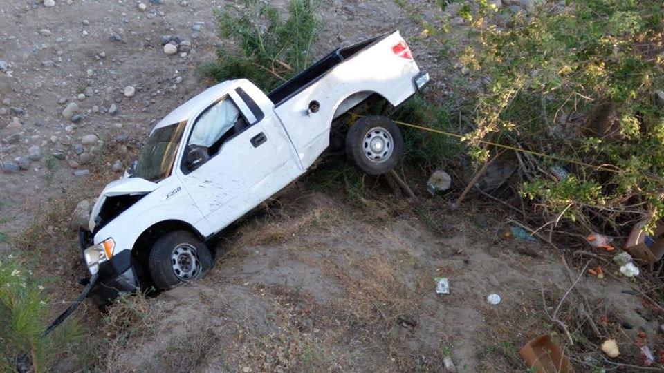 e5b2cca92 Accidente en el kilómetro 202 carretera 190 en Tequisistlan Dos mujeres y  un niño auxiliados por la policía municipal