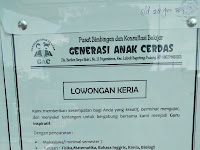 Lowongan kerja guru Fisika Matematika Bahasa Inggris Kimia dan Biologi di Sumatera Barat