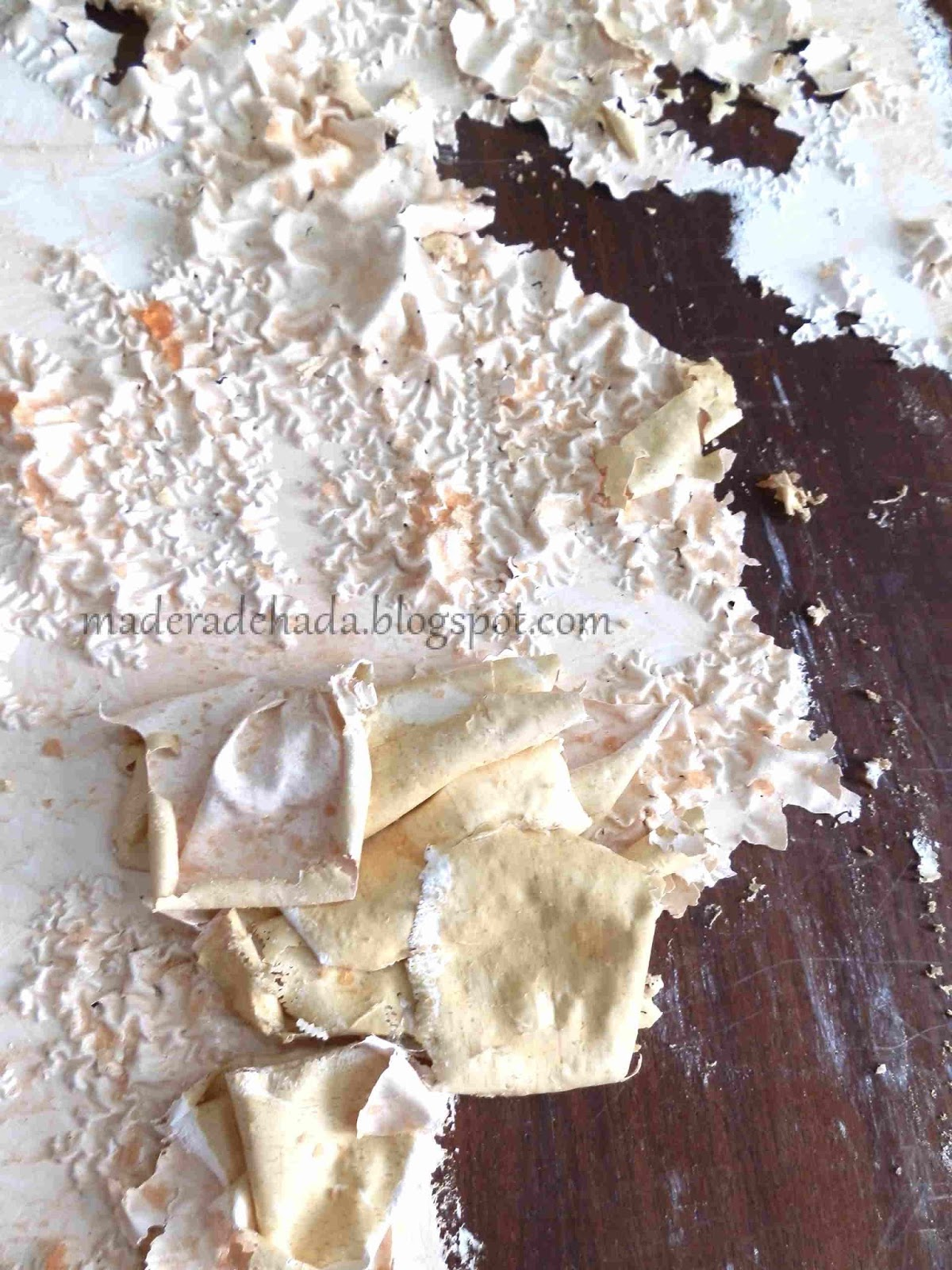 Como quitar la pintura a un mueble de madera madera de hada for Decapante para madera