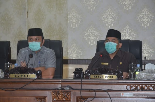 DPRD Agam  Berntikan  Bupati dan Wakil Bupati Periode 2016-2021.