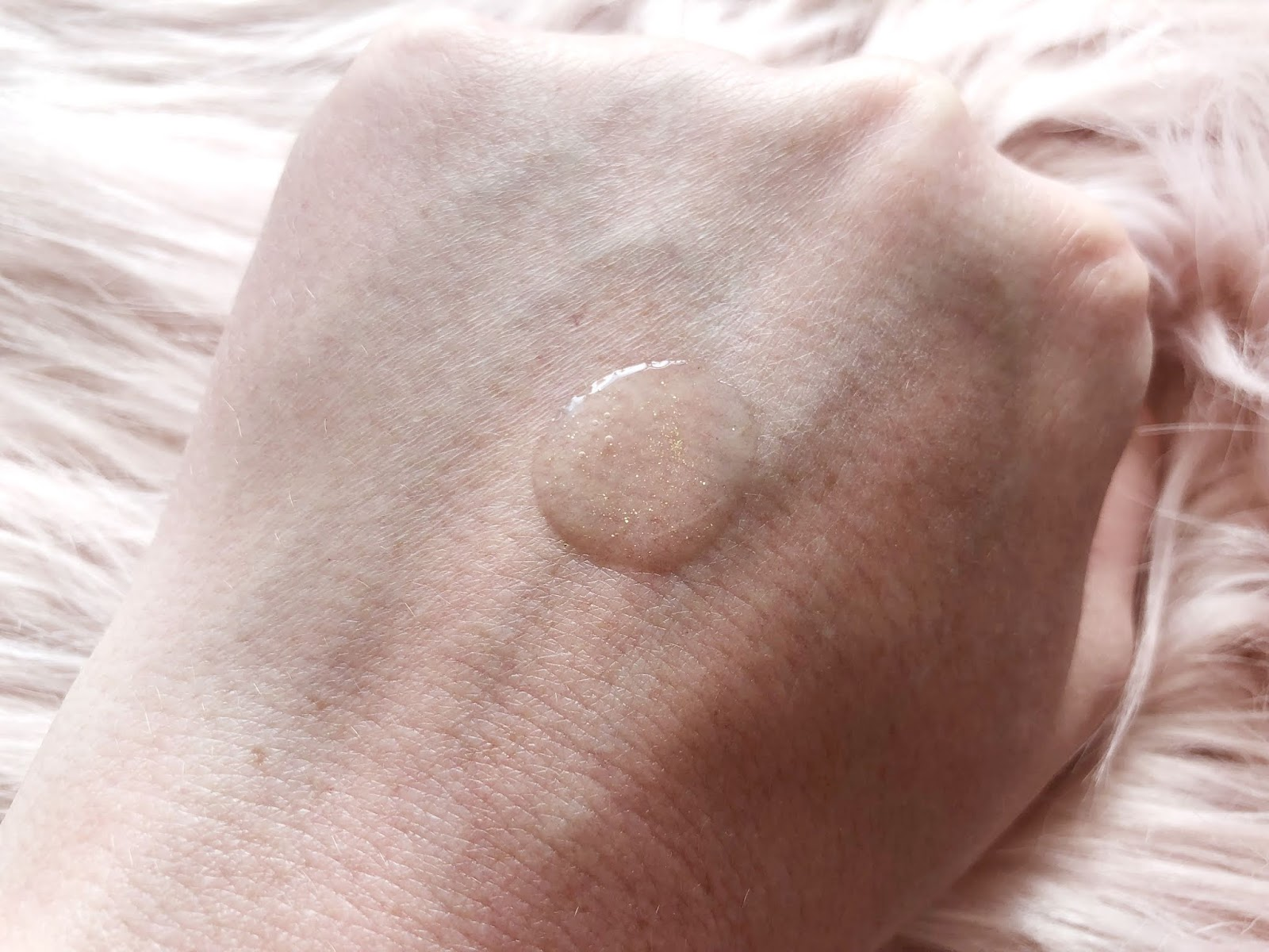 Primark PS Summer Blur Soft Focus Blur Primer Swatch