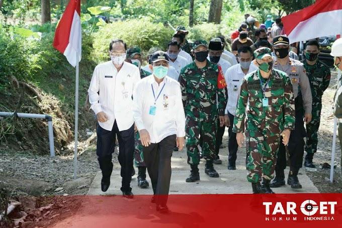 Penutupan TMMD Tahap II, Bupati Haryanto Tinjau Hasil Pekerjaan di Gulangpongge