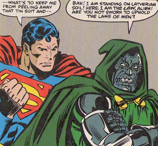 Superman et Doom s'affrontent