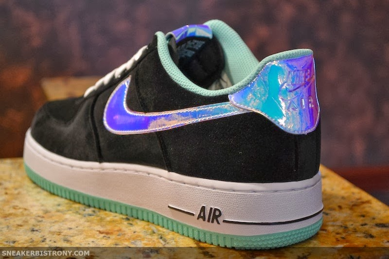 quality design 06df5 4163a The Nike Air Force 1 Low