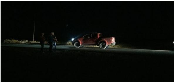 Olvidan un cadáver tras balacera en Villa Juárez Navolato bajo su camioneta Suburban blindada
