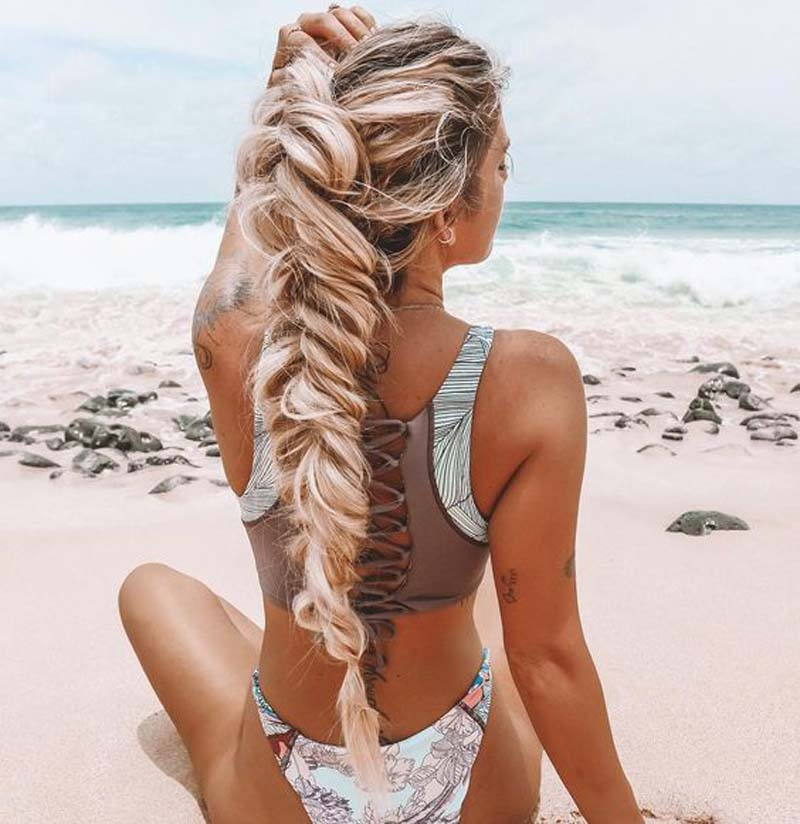 11 Beach Hairstyles That You Can Totally Rock This Summer