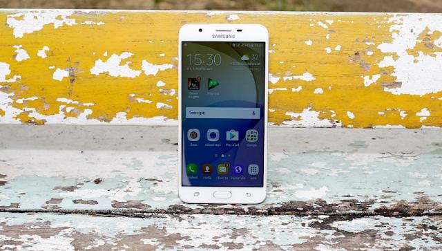 شركة سامسونج تتخلى على ثلاث هواتف، ولن ترسل لهم بعد اليوم أي تحديثات أمنية.