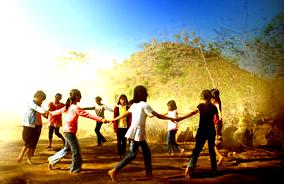 Jamuran ialah sebuah permainan anak-anak (dolanan) yang juga merupakan sebuah lagu yag berasal dari Jawa Tengah dan Jawa Timur, permainan ini biasa dimainkan oleh anak-anak pada zaman dahulu. Lagu ini umumnya dinyanyikan dengan diringi gerakan-gerakan yang sederhana. Lagu ini sudah tidak asing lagi di kalangan masyarakat Jawa karena termasuk lagu dalam permainan anak-anak (dolanan).  lapang yang luas