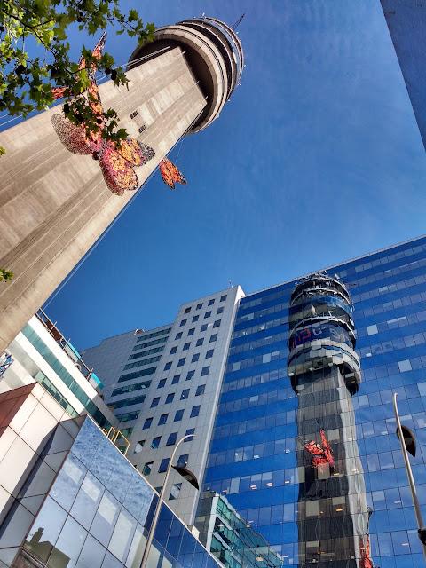 Torre Entel con mariposas, Santiago, Chile