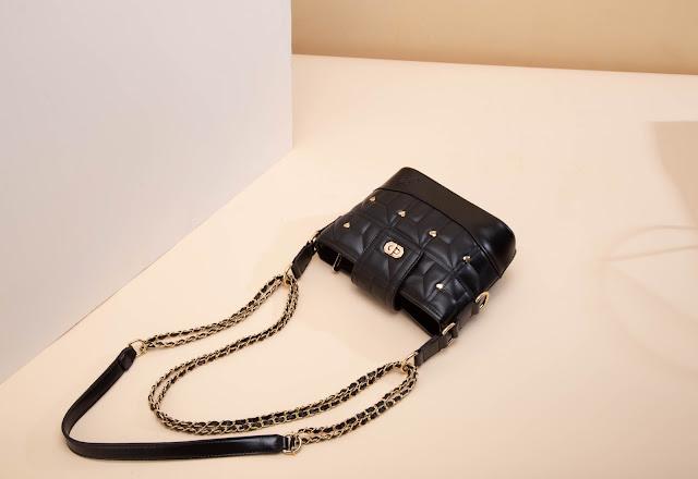 Jimshoney Amour Bag