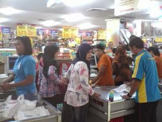 Supermarket Ramayana Semper