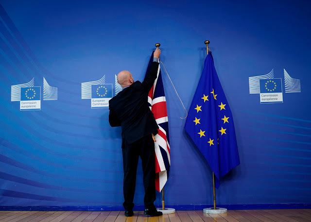 """البرلمان الأوروبي يصادق بالأغلبية على اتفاق """"بريكست"""""""