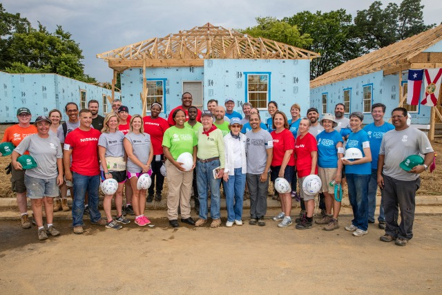 habitat for humanity carter work project 2016 house 2 team with president and mrs carter