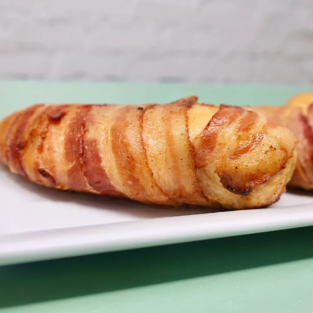Traeger Grill Bacon-Wrapped Chicken Breasts