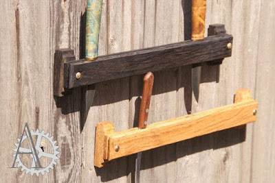 Wall Fixable Knife Holder
