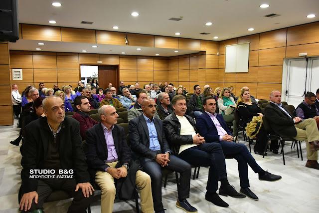 Με καθολική αποδοχή από τους δημότες η εκδήλωση του Δημοτικού Κοινωνικού Ιατρείου για τον εμβολιασμό