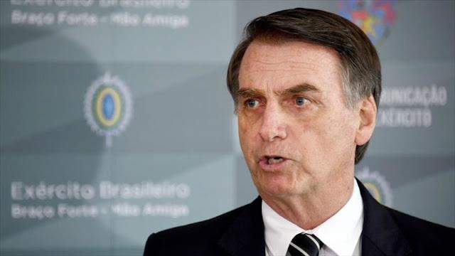 Una denuncia de corrupción se cierne sobre Jair Bolsonaro