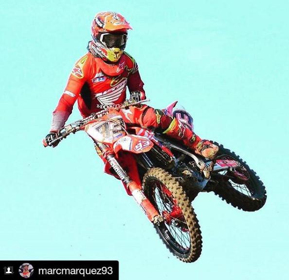 Foto dan Video Marc Marquez Saat Mengikuti Motocross In Rufea
