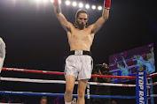 Nico Wals Cucu Muhammad Ali Menang TKO