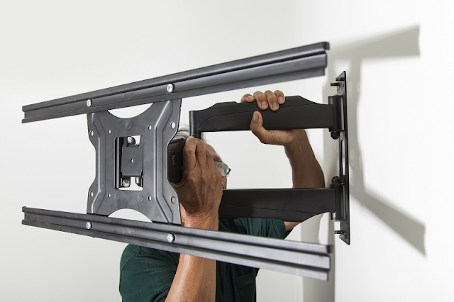 THE POPULAR TYPES OF TV MOUNTS