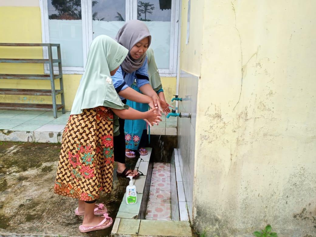 Cara mencuci tangan yang baik dan benar