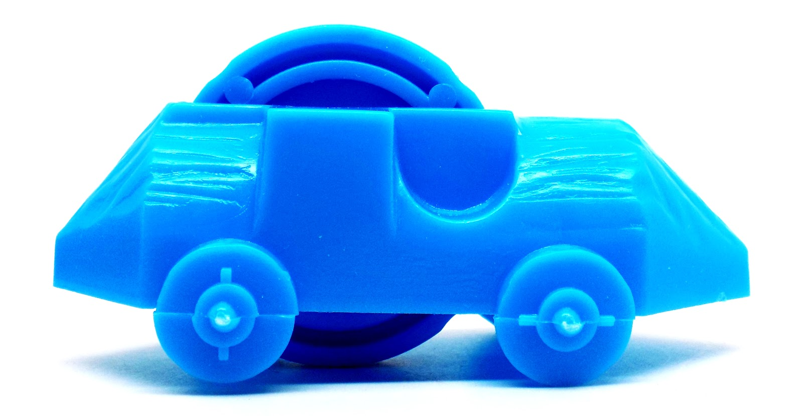 place it on the ground and away you go lots of fun the car measures 3 1 8 7 93cm l x 1 1 8 2 85cm w x 1 1 2 3 81cm h enjoy
