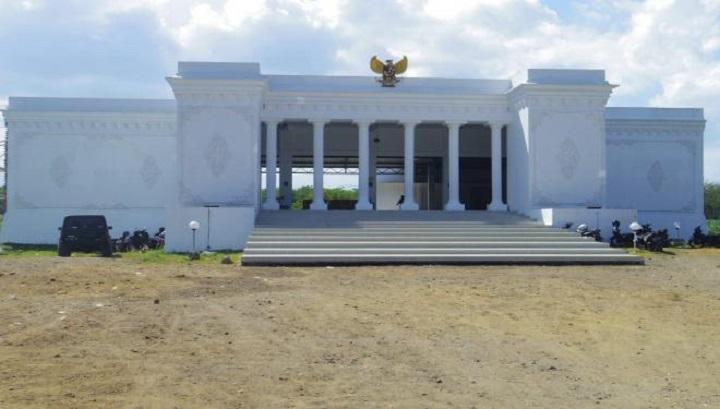 Kantor Desa Mirip Istana Merdeka, Siapa Arsiteknya? - Info Desa