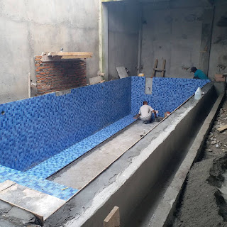 biaya pembuatan kolam renang di lantai 2,berapa lama pembuatan kolam renang,langkah langkah pembuatan kolam renang,pembuatan kolam renang makassar,membuat kolam renang mini,membuat kolam renang murah