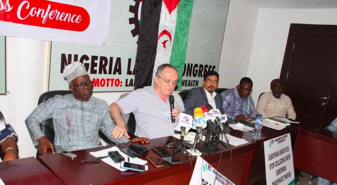 محامي جبهة البوليساريو جيل ديفير يلتقي النقابات وهيئات المجتمع المدني وحركة التضامن في نيجيريا