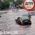 Потужна злива у Києві затопила дві станції метро і відправила у «плавання» автівки - сайт Дніпровського району
