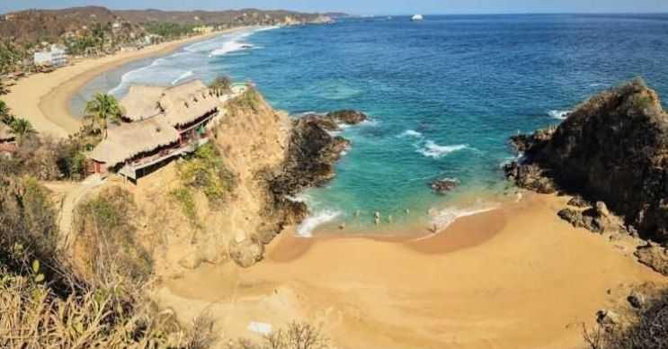 Zipolite plajı tüm tehlikelerine rağmen yerel halkın vazgeçemediği bir plajdır.