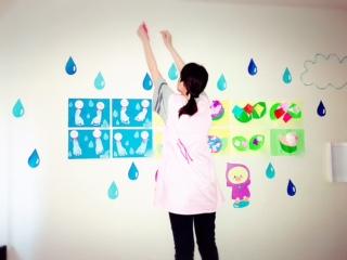 託児所,6月の製作,6月の壁面,てるてるぼうず,あじさい,6月の花,折り紙製作,保育製作,子ども,子ども製作,保育士,先生,かたつむり,かたつむり製作,色画用紙,しずく,梅雨,雨,季節の壁面,子どもたち,あひる,カッパ,