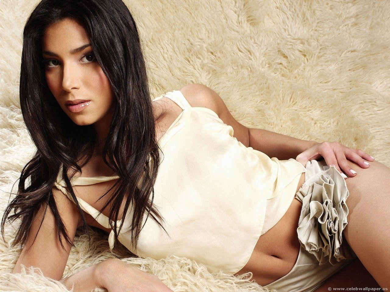 Roselyn Sanchez Sexy Pics