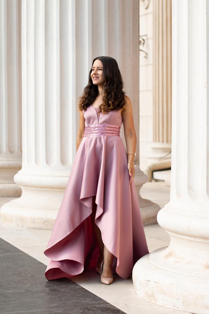 adina nanes rochie roz
