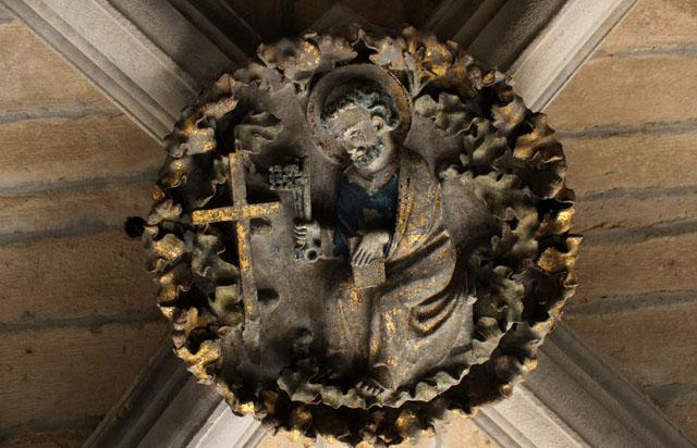 Clave de bóveda, en el sobreclaustro de la catedral de Pamplona