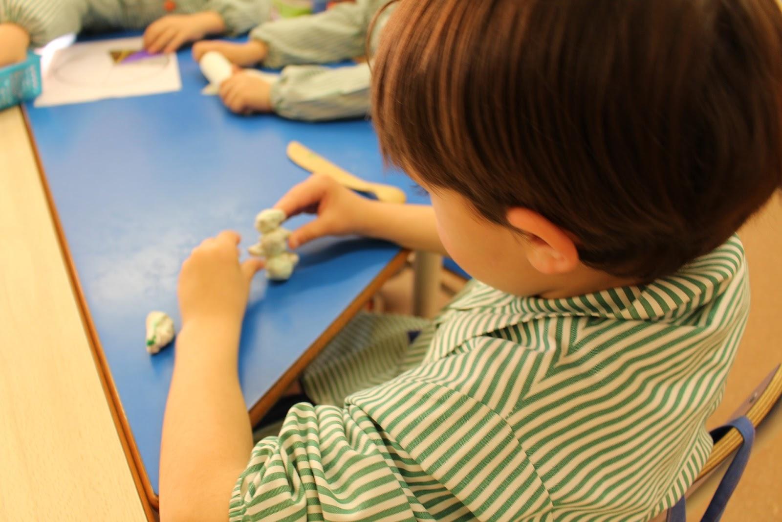 Consideramos extraña la cesión de la antigua Escuela Infantil Pública para su uso como Escuela Privada.