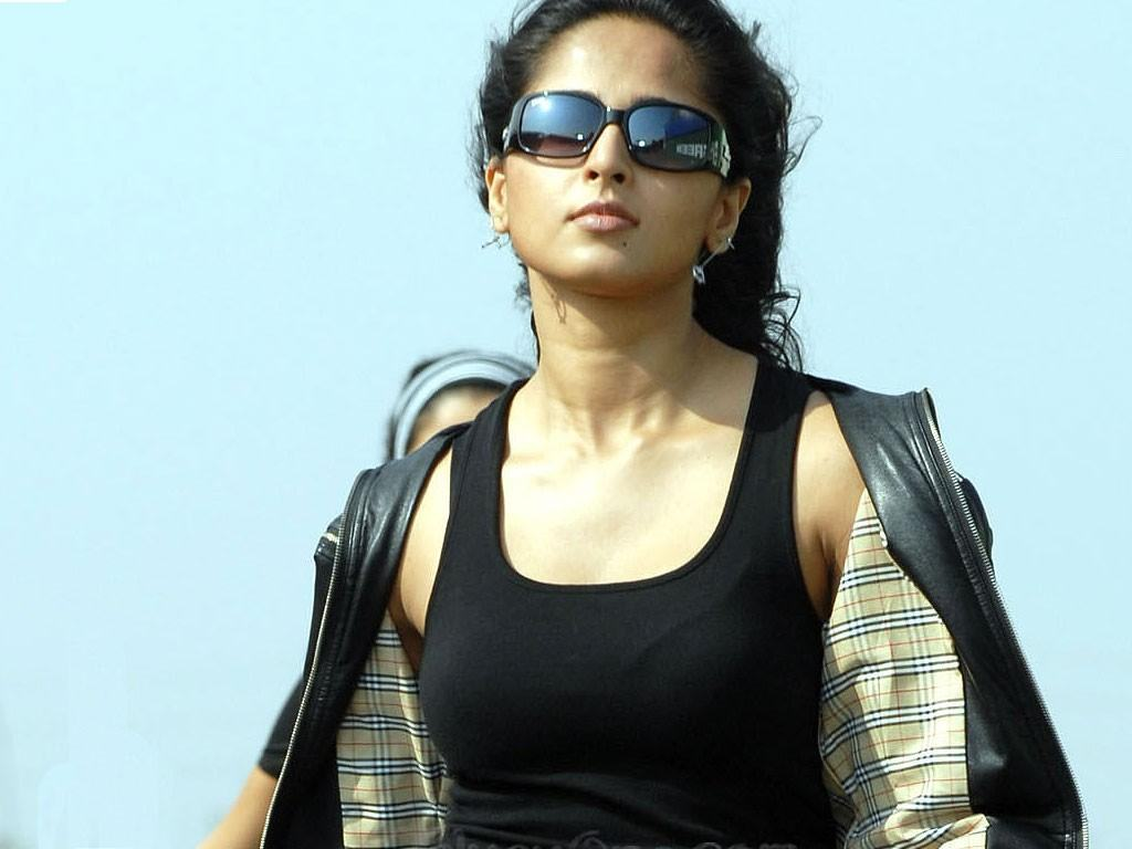 Stylish Anushka Shetty