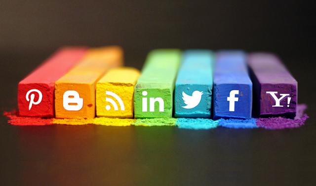 Hover efektli sosyal medya butonları eklentisi