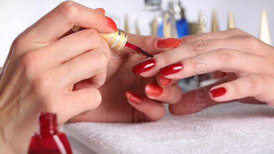 divisao lucro manicure vinculo salao direito