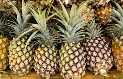 Ananas (Pineapple) Tropikal Meyvesi Nedir? Nasıl Yenir, Nasıl Seçilir ve Dilimlenir, Faydaları Nelerdir?