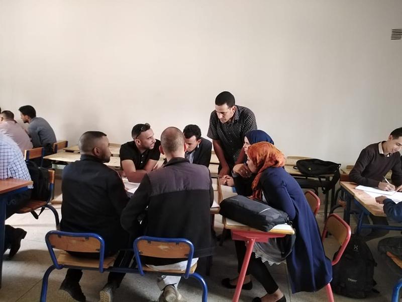 المديرية الإقليمية تنغير: تنظيم لقاءات تربوية لفائدة أساتذة اللغة الفرنسية للتعليم الثانوي.