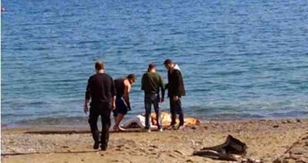 Νεκρή γυναίκα σε παραλία της Χαλκιδικής  – Ζητούνται πληροφορίες